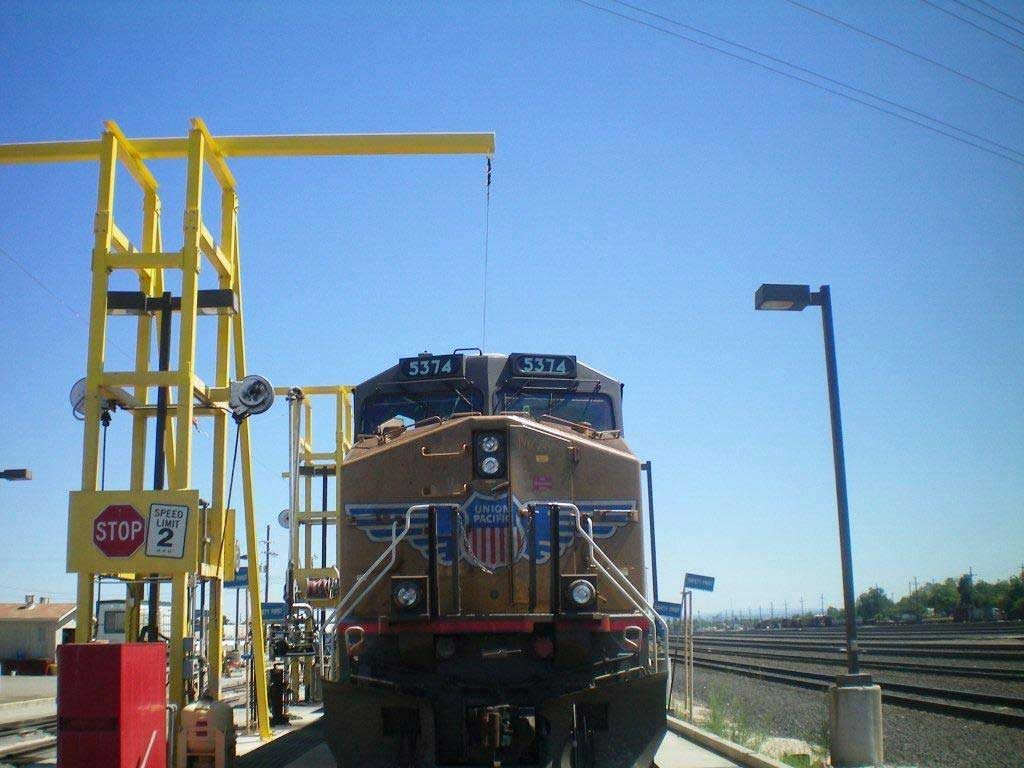Overhead Lifelines For Truck Fall Protection Railcar Fall