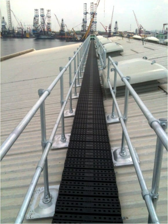 Roof Safety Rails : Guardrail for metal roofs flexible lifeline systems