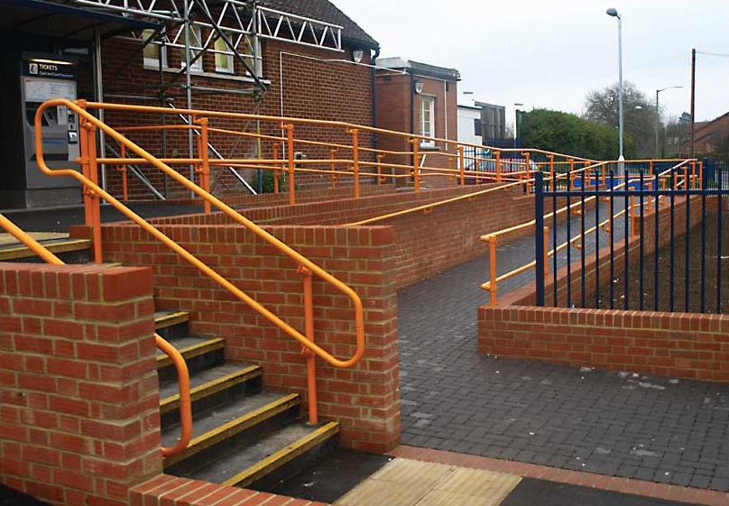 flexguard-ground-based-ramp-railing
