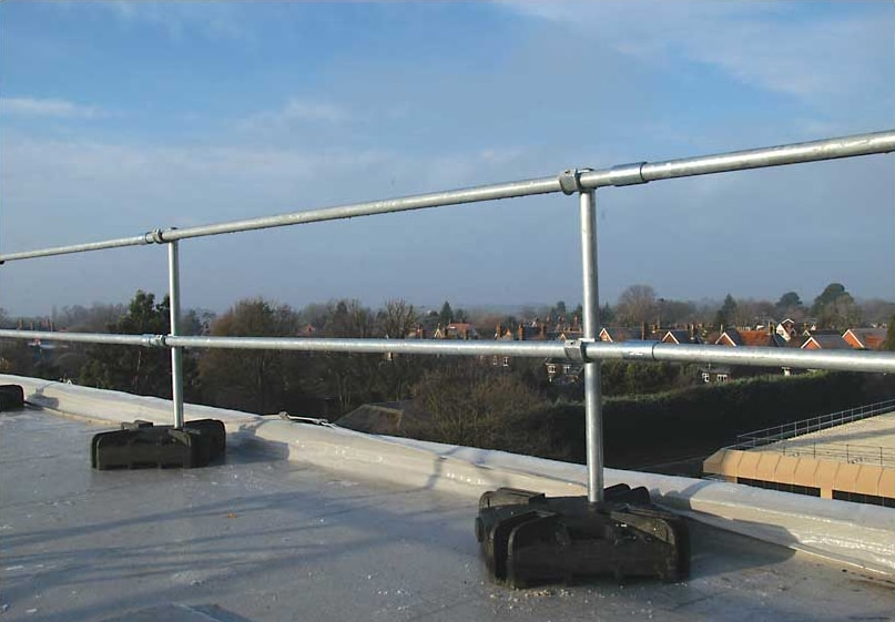 flexguard-portable-railing-system-3