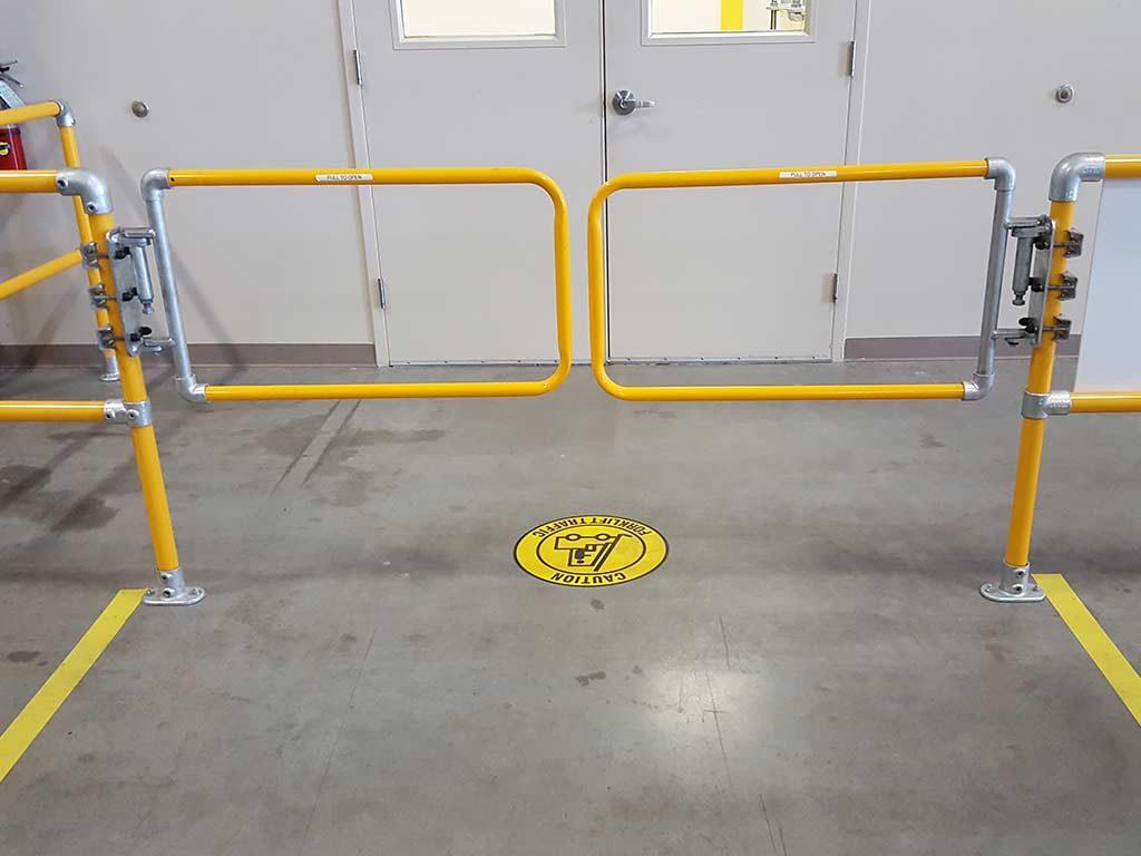 Self Closing Gates Flexible Lifeline Systems