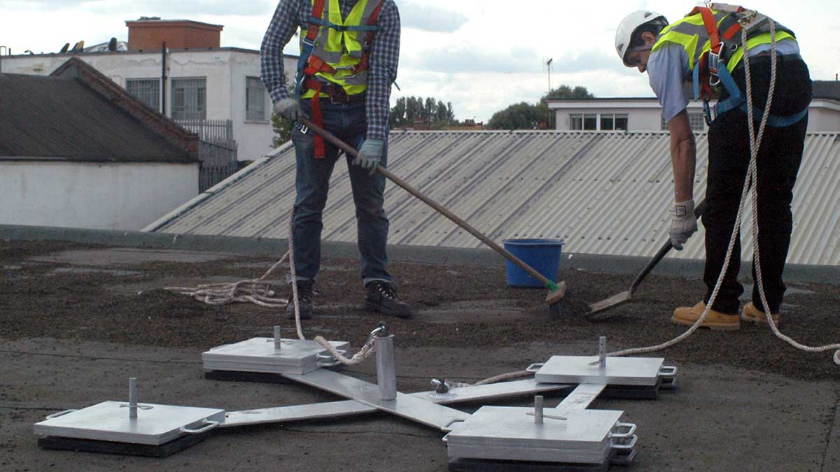 Freestanding Anchors For Roofs Flexible Lifeline Systems