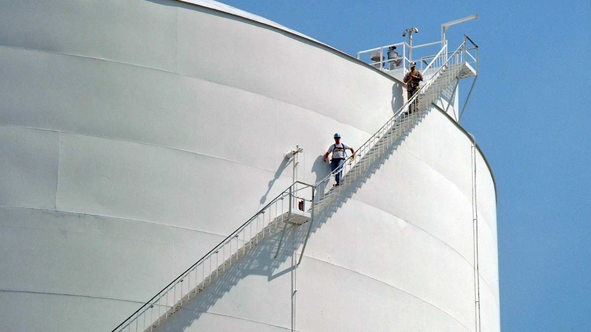 Inclined Fall Protection For Tank Stairs