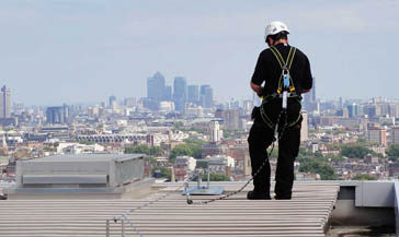 https://fall-arrest.com/fall-protection-industries/rooftop/